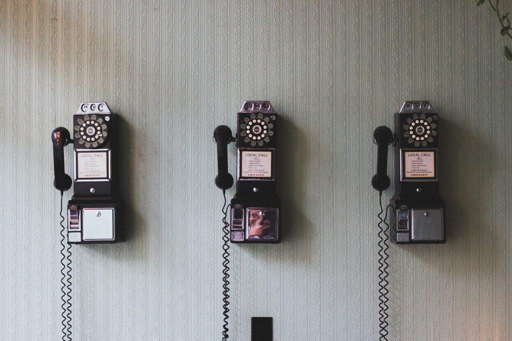 rotary, telephones, cords-691528.jpg
